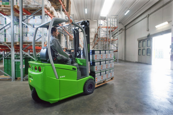 3 Wheel Electric Forklift Truck CESAB B215