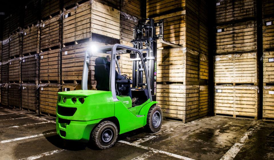 Counterbalanced Forklift Trucks CESAB M300